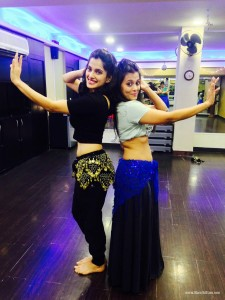 Priya Bapat- Belly Dance