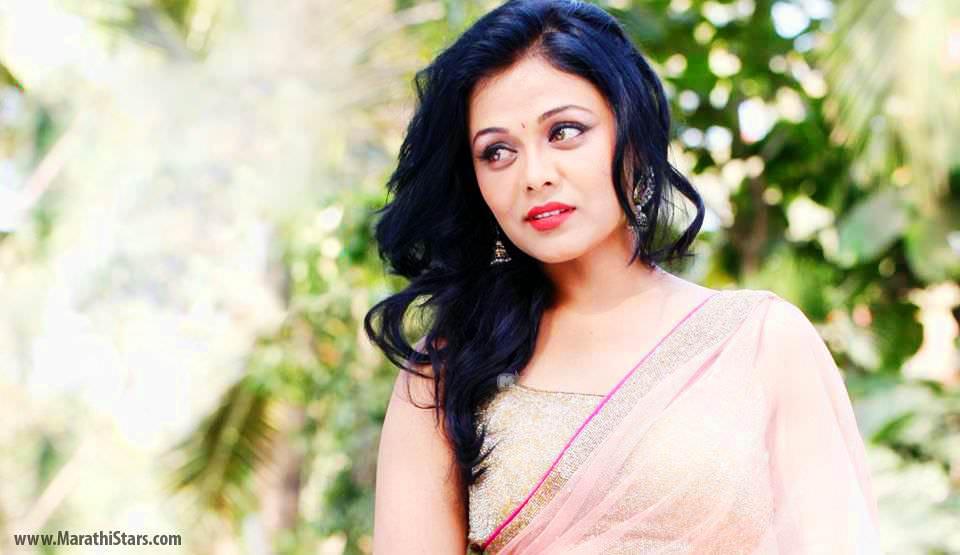 Prarthana Behere Marathi Actress Photos Biography ...