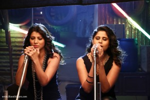 Sai Tamhankar & Tejaswini Pandit - Tu Hi Re marathi Movie