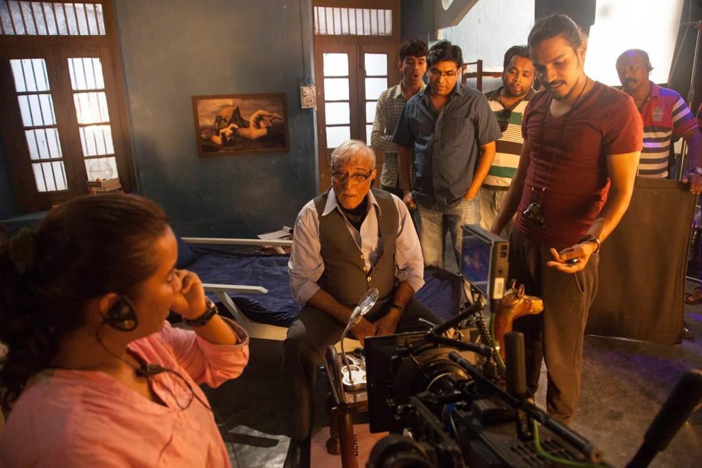 Sujay Dahake & Mohan Agashe - Phuntroo On Set