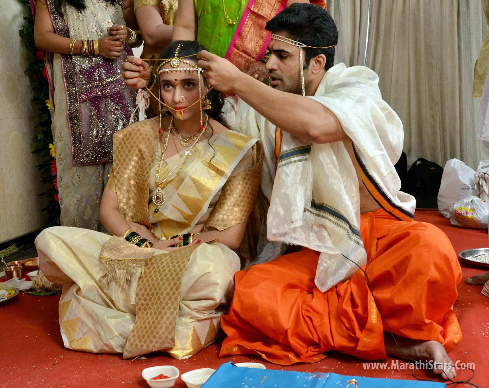 Chinmay Udgirkar and Girija Joshi Marriage Photos