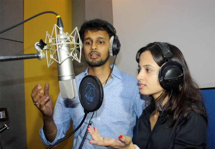 Ketaki Mategaonkar and Hrishikesh Ranade sing a Romantic Song for the first time