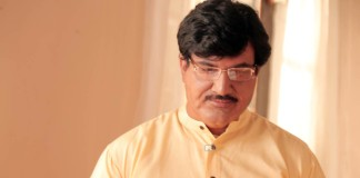 Sharad Kelkar as Gopinath Munde - Sangarshyatra Marathi Movie