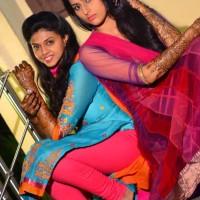 Swanandi & Sampda Mehandi Nanda Saukhya Bhare