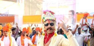 Girish Kulkarni - Jaundya na Balasaheb Marathi Movie