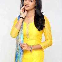 Resham Prashant as Urmi -Pasant Aahe Mulgi Zee Marathi Serial Actress