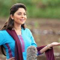 Sonalee Kulkarni as Rupali - Poshter Girl