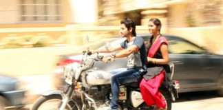 Akash Thosar, Rinku Rajguru On Bullet - Sairat