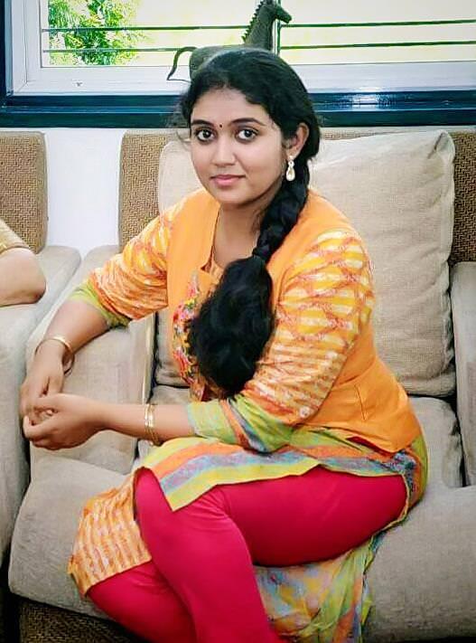 Rinku Rajguru Sairat Movie Actress Photos Biography Images ...