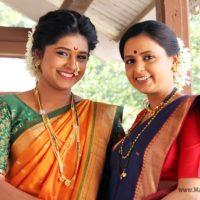 Sanksruti balgude & Dipti Bhagawat - Damlelya Babachi Kahani