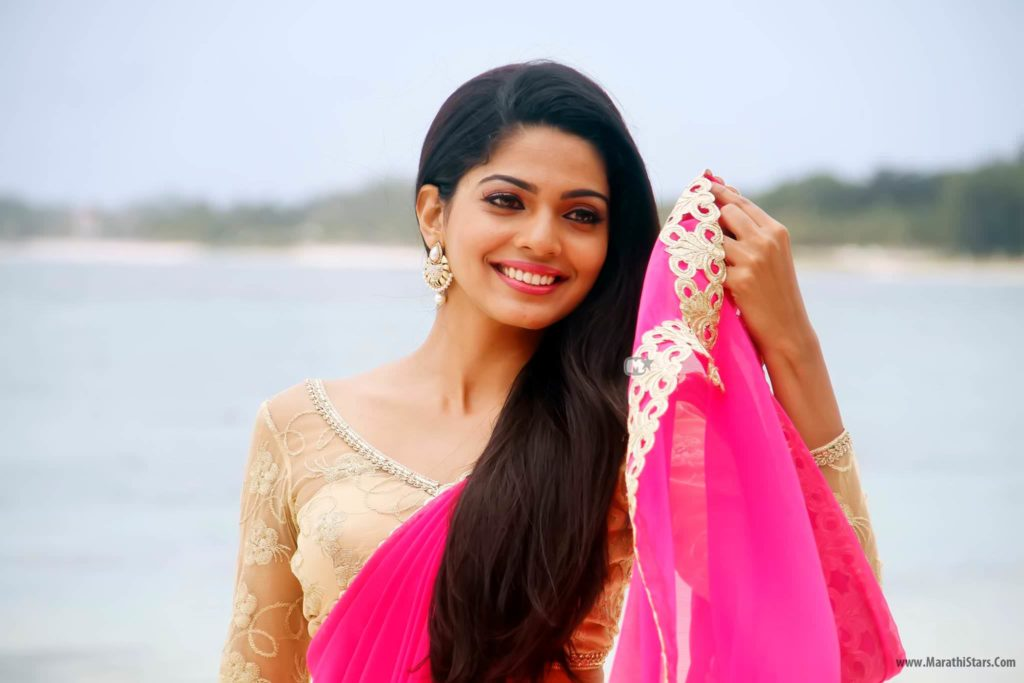 Pooja Sawant Cheater Marathi Movie