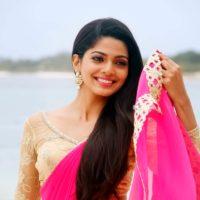 Pooja Sawant Cheater Marathi Movie