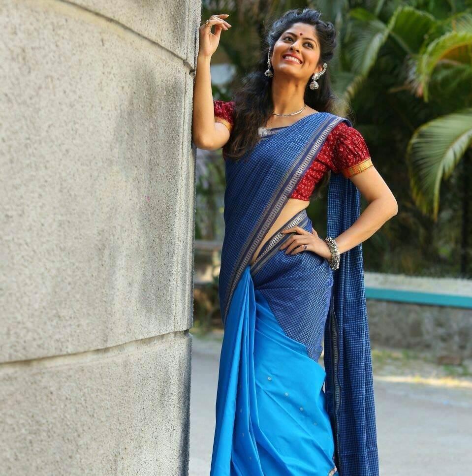Abhidnya Bhave Marathi Actress Biography Photos Wiki-8958
