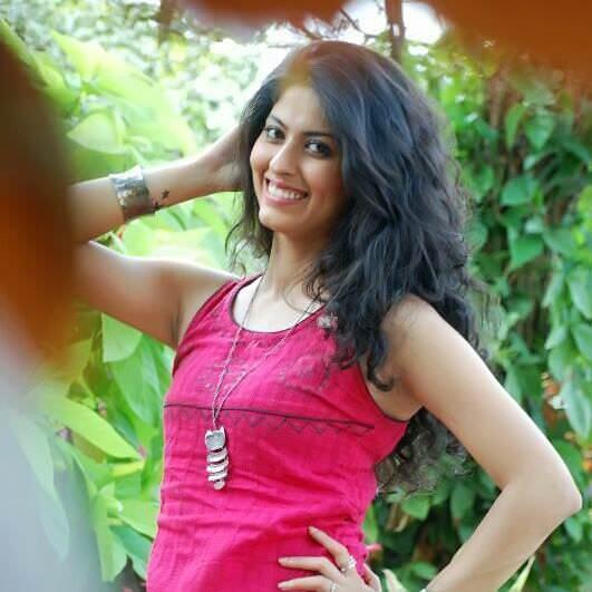 Abhidnya Bhave Marathi Actress Biography Photos Wiki