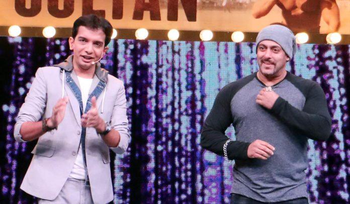 Salman Khan - Sultan in Chala Hawa yeu Dya Marathi Show
