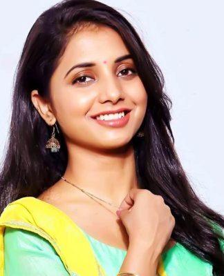 Sayali Sanjeev Marathi Actress Photos Bio Wiki