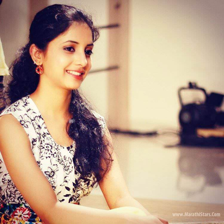 Sayali Sanjeev Marathi Actress Biodata Photos Wiki Gauri-6521