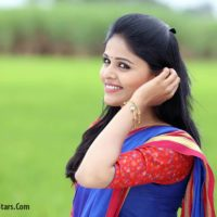 Akshaya Deodhar Marathi Actress Jujhyat Jiv Rangala Zee Marathi Serial Anjali Real Name Photo