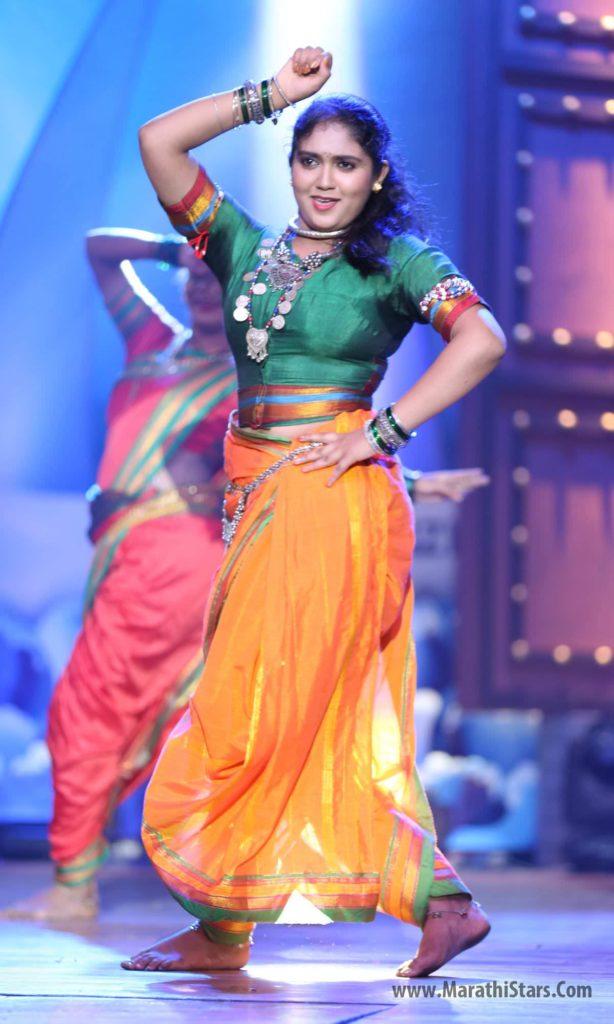 Rinku Rajguru Dance Permormance