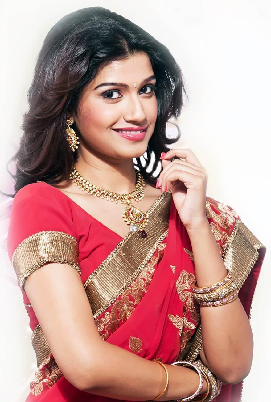 Rasika Sunil Marathi Actress Photos Biography Wiki-7743