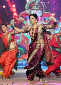 Sonalee Kulkarni Performance - Yad Lagla Zee talkies