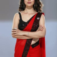 Tejaswini Pandit as Rani Sardesai - 100 Days