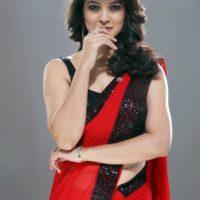 Tejaswini Pandit as Rani Sardesai - 100 Days Zee Marathi Serial