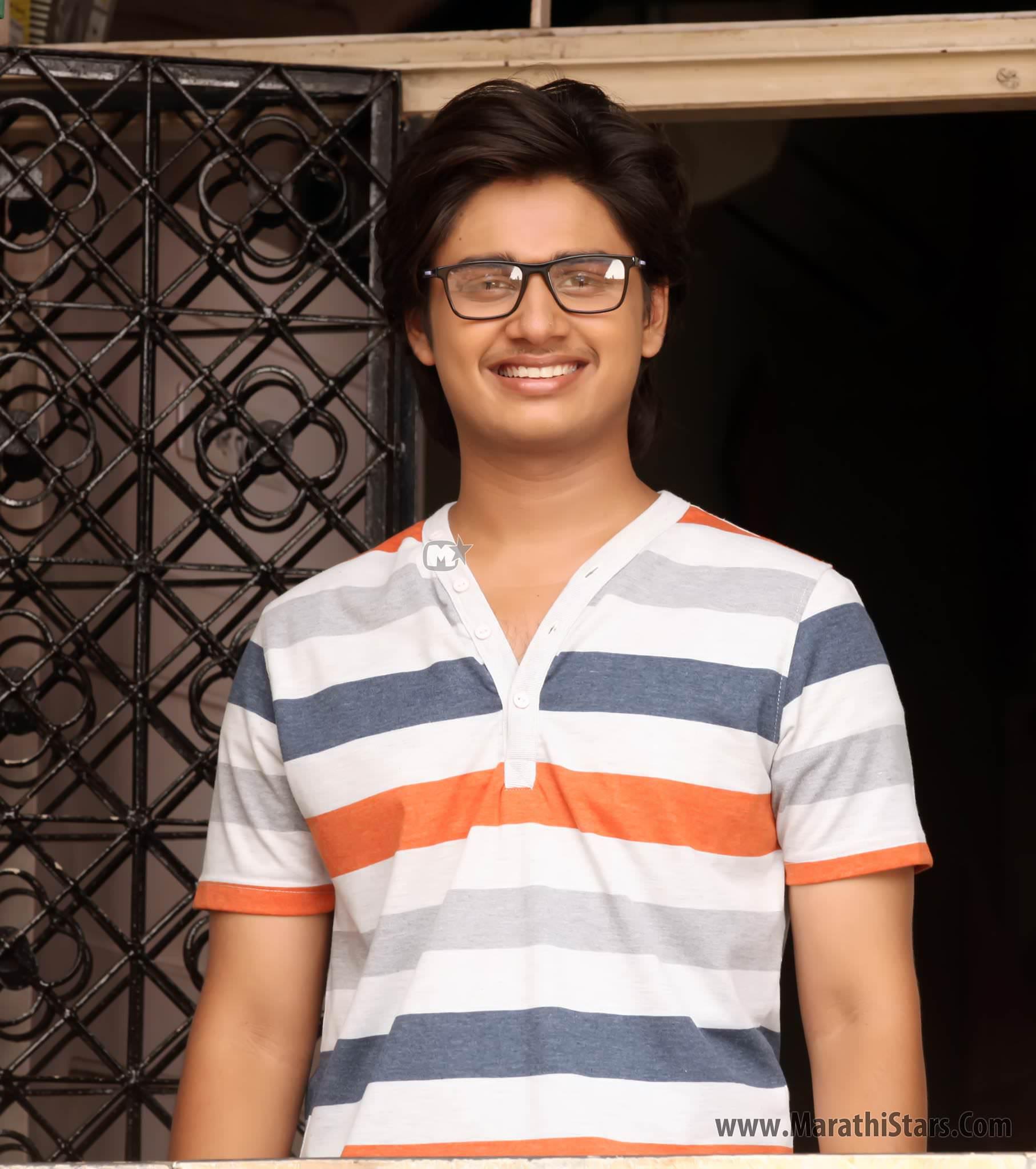 Abhinay Berde Marathi Actor Laxmikant Berde Photos Bio ... Laxmikant Berde Abhinay Berde