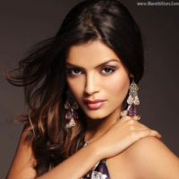 Sonali Raut in Marathi Item Song