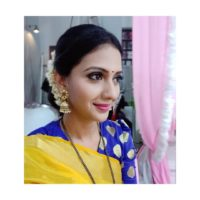 Tejashri Pradhan in Marathi Traditional Look