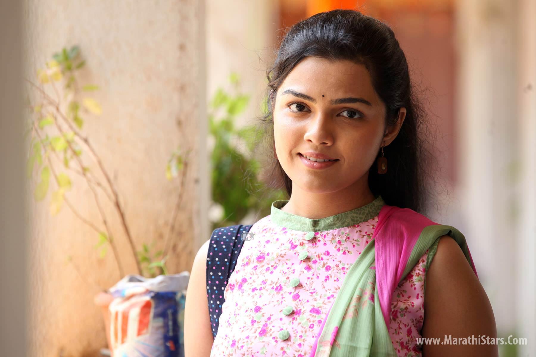 Aarya Ambekar Marathi Actress Singer Photos Bio Wiki Images Profile