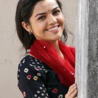 Aarya Ambekar Marathi Singer - Actress