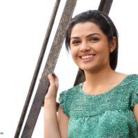 Aarya Ambekar Wallpapers