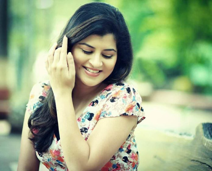 Savaniee Ravindrra Tamil Song