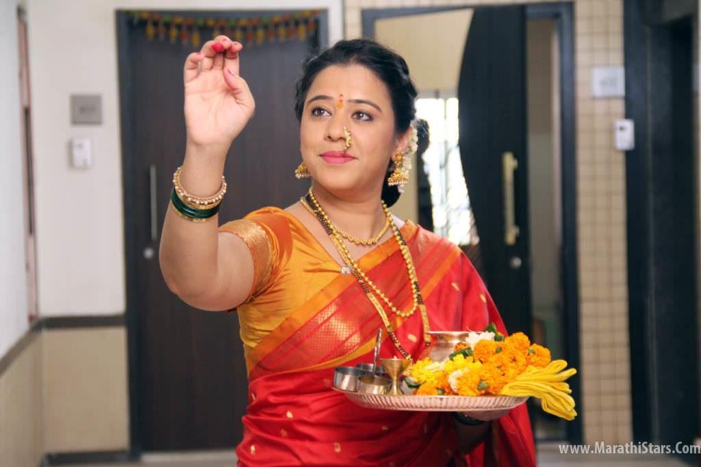 Anita Date - Radhika Mazya Navryachi Bayko