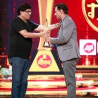 Best Actor - Girish Kulkarni