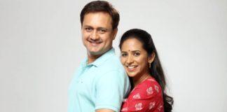 Embrace Sunil Barve & Veena Jamkar in 'Bandh Reshmache'; Zee Yuva 'Prem He'