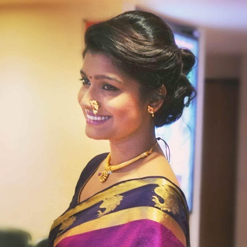 Rasika Sunil Dhabadgaonkar Marathi Actress Photos Bio Wiki