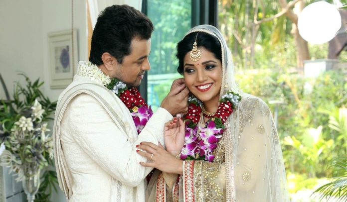 Mukta Barve & Subodh Bhave Unite after 9 Years for 'Hrudayantar'