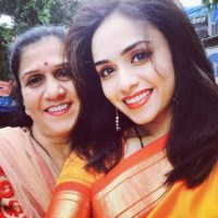 Amruta Khanvilkar With Her Mother'