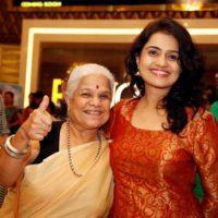 Amruta Subhash with Mother Jyoti Subhash