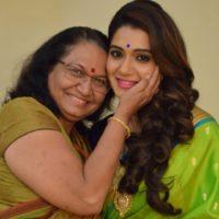 Urmila Kothare kanitkar With Her Mother