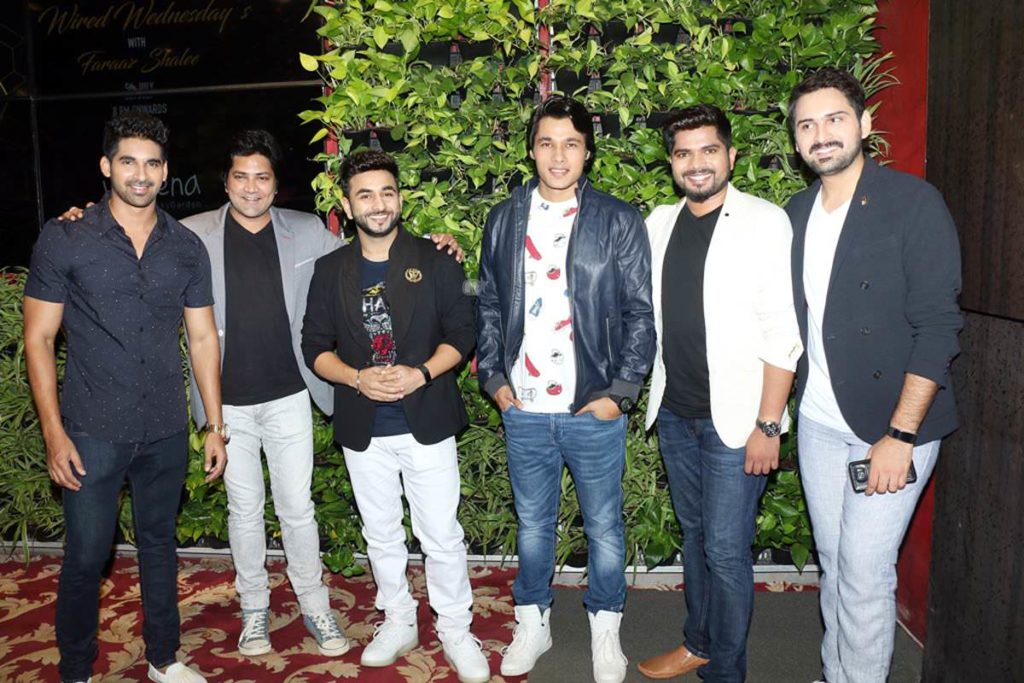 (L-R) Akshay Waghmare, Aniket Vishwasrao, Shreyash Jadhav, Suyog Gore, Hemant Dhome and Siddharth Chandekar