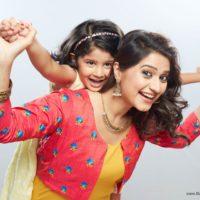 Pari & Neha Nakalat Saare Ghadale Actress