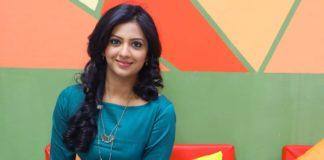 Tejashree Pradhan - Asehi Ekda Vhave