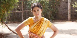 Mrunmayee Deshpande Shikari Marathi Movie