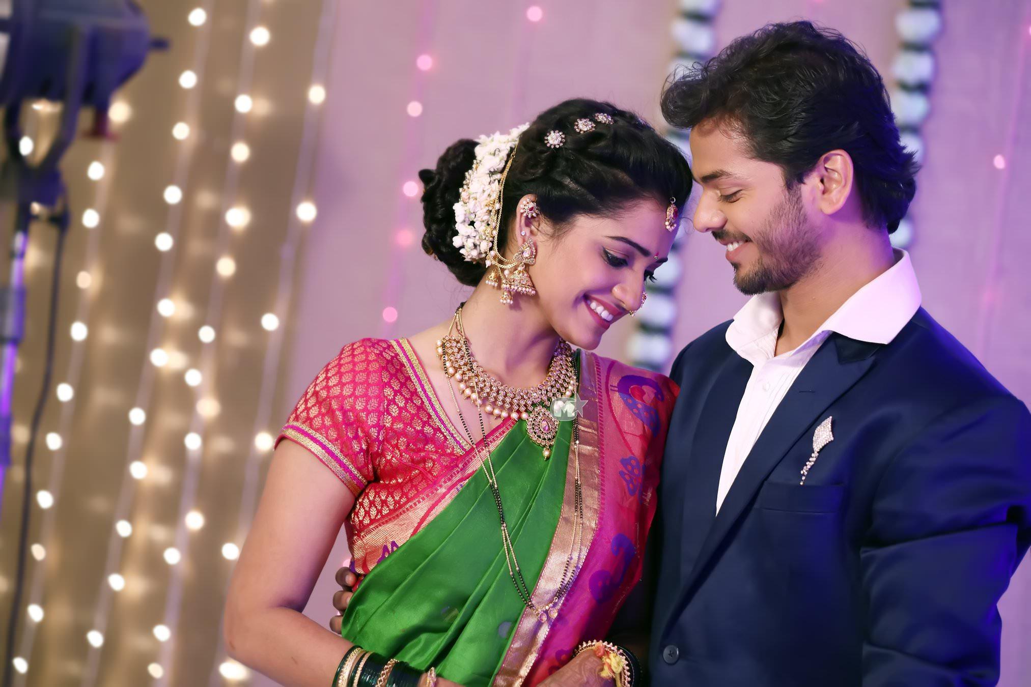 Zee Yuva 'Phulpakhru': Manas & Vaidehi Wedding Marriage Photos