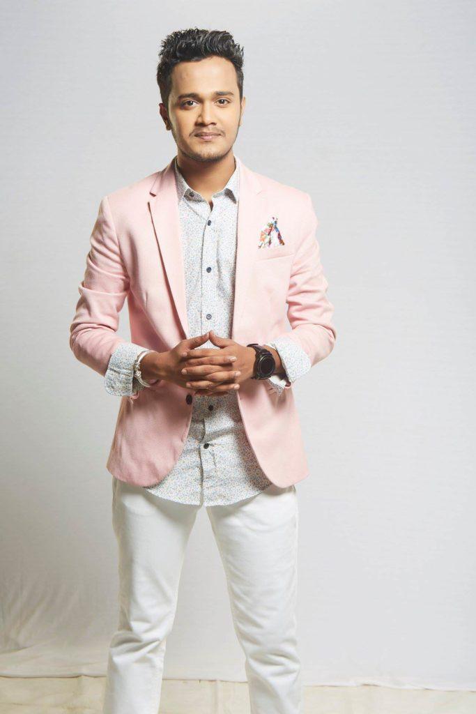 Rohit Raut Singer