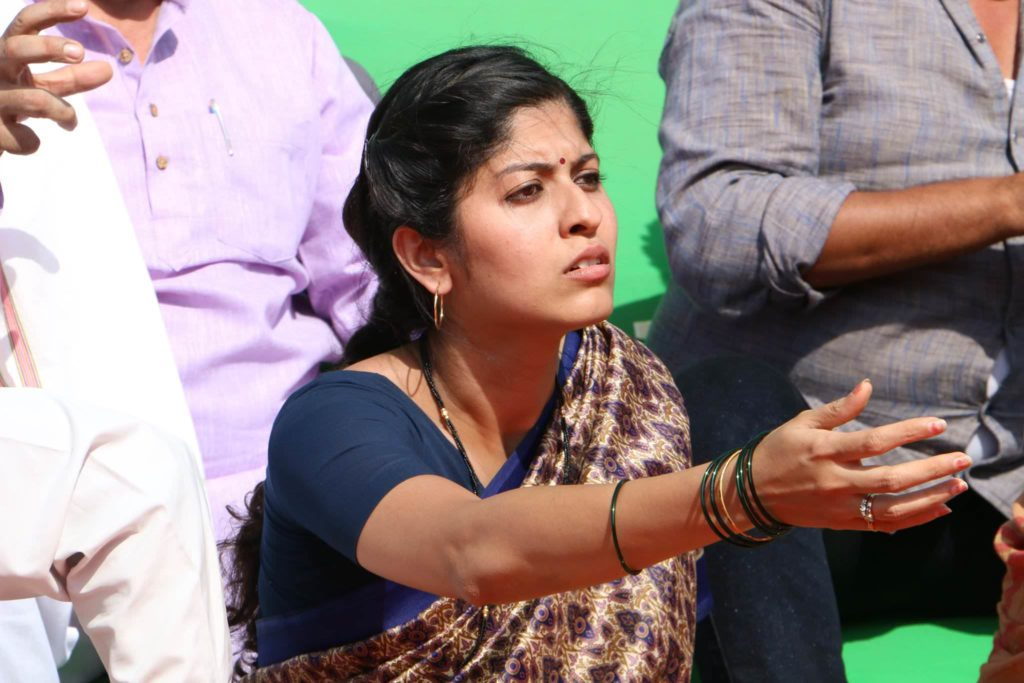Abhidnya Bhave Sur Sapata Movie