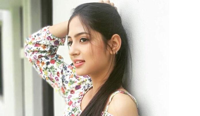 Vidula Chougule (Siddhi) - Jeev Zala Yeda Pisa